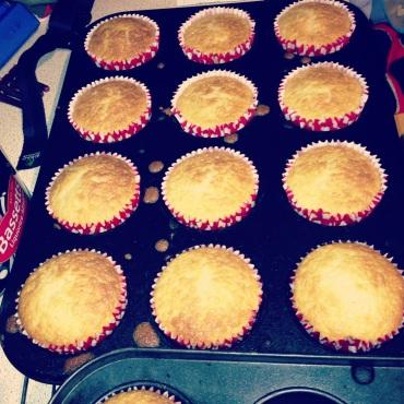 Naked vanilla cupcakes
